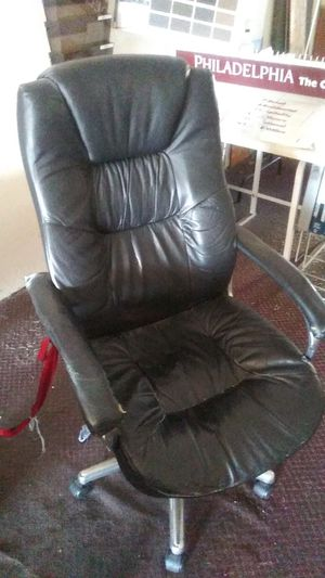 Office chair for Sale in Commerce, CA
