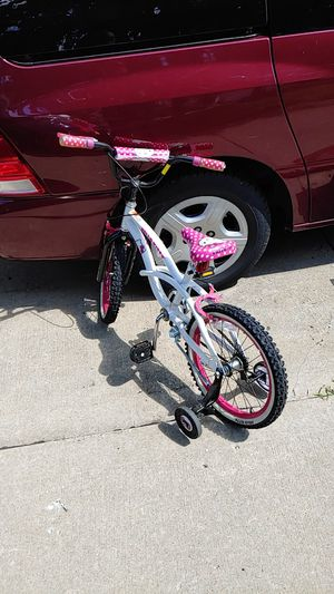 Hello kitty kids bike for Sale in Blue Springs, MO