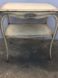 French Provincial Antique End Tables. for Sale in Claremont,  CA