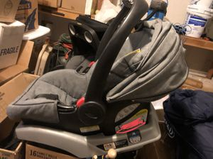 Car seat, stroller, and bases for Sale in Henderson, NV