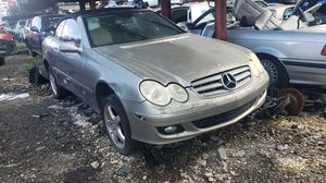 Mercedes clk 350 2006 only parts for Sale in Hialeah, FL