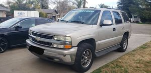 2004 Chevy Tahoe for Sale in Visalia, CA
