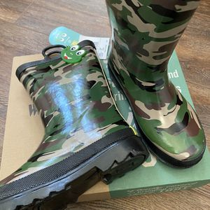 Brand New Western Chief Raining Boots Size|1Y for Sale in Discovery Bay, CA