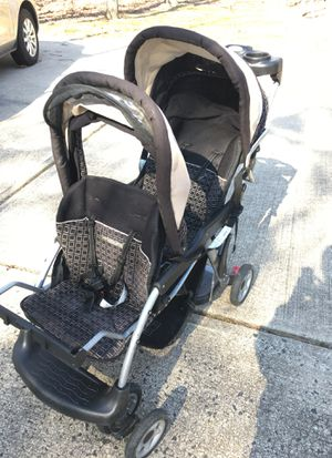 Double stroller for Sale in Jackson Township, NJ