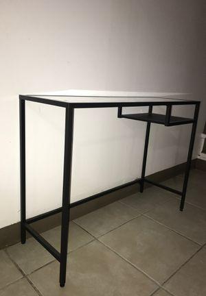 Desk for Sale in Cicero, IL