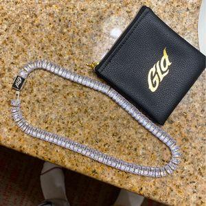 Baguette Chain 16 Inch for Sale in Goodyear, AZ
