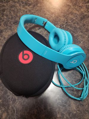 Beats solo headphones over ear blue for Sale in Lake Charles, LA