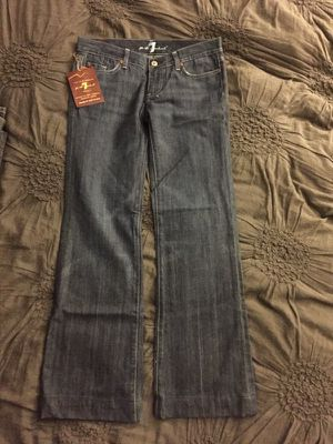 Jeans-women's '7 For all man kind' size 27 for Sale in Miami, FL