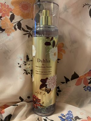 Bath and Body Works Dahlia Fine Fragrance Mist for Sale in Carson, CA