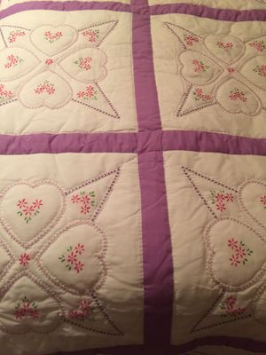 Homemade queen size quilt with two hands pillows for Sale in Lakeland, FL