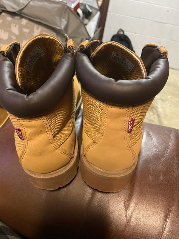 Levi's boots