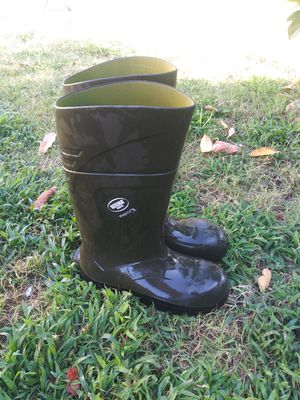 Mens Rain/work boots size 10 $10 for Sale in Ontario, CA