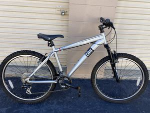 """18"""" bike with shimano for Sale in VA, US"""