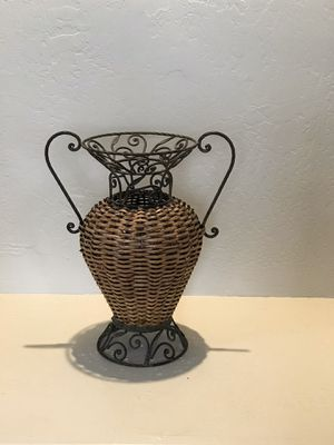 """Wicker Vase With Metal Top & Bottom Home Decor 18"""" Tall Across Handles 10"""" Bought at Pier 1 for Sale in Cave Creek, AZ"""