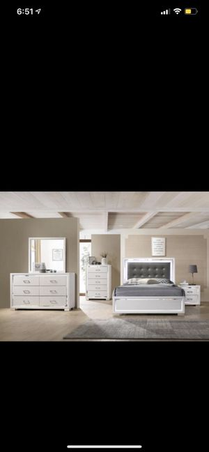 Brand New Complete Bedroom Set for Sale in Queens, NY