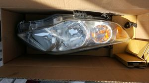 2011 Corolla headlight RH for Sale in Los Angeles, CA