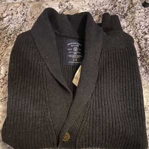American Eagle Cardigan Large for Sale in Albany, NY