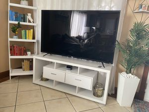 TV stand and book shelf for Sale in Las Vegas, NV