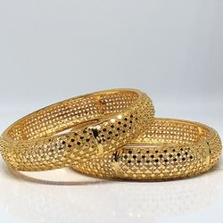 22k 22ct gold plated 2-4 2-6 2-8 bangles bracelet jewelry for Sale in Burtonsville,  MD