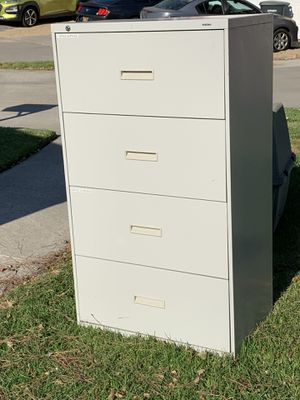 FREE File Cabinet for Sale in Lake Forest, CA