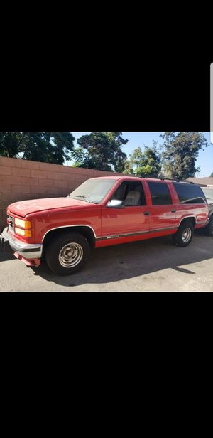 94 GMC Suburban for Sale in Pomona, CA