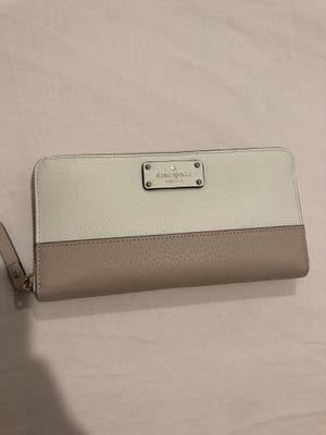 Kate spade wallet for Sale in Pembroke Pines, FL