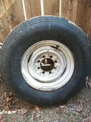 Size 16 tire for Sale in Upland, CA