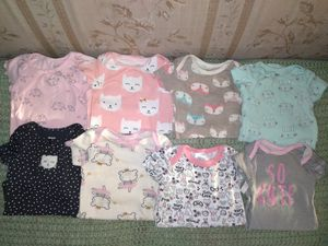 Slightly worn onesies and leggings in very good condition size 6-9months 25 pieces all is not in pic all for $12 no less pick up only for Sale in Phoenix, AZ