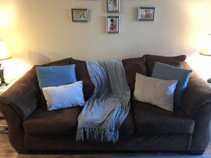 Dark brown couch for Sale in Warner Robins, GA