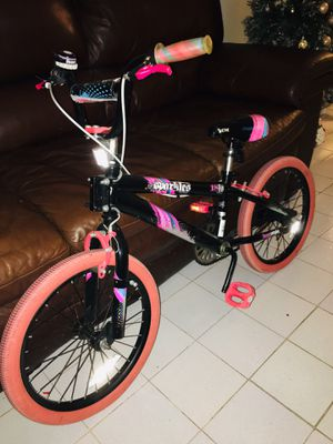 Girl 👧 bike like new for Sale in Hollywood, FL