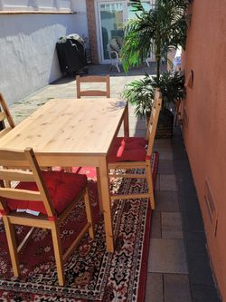Dining Table Set For Sale for Sale in Hawthorne,  CA