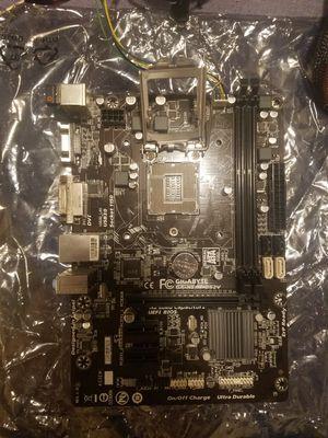 Broken Gigabyte GA-H81M-DS2V Motherboard for Sale in Pasco, WA