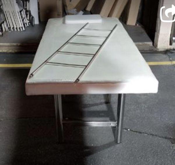Lash /massage table