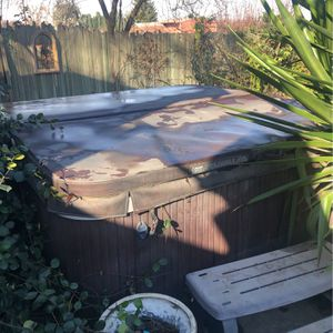 Spa Doctor Hot tub for Sale in Ceres, CA