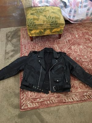 Extra large men's black leather motorcycle jacket excellent condition for Sale in Vancouver, WA