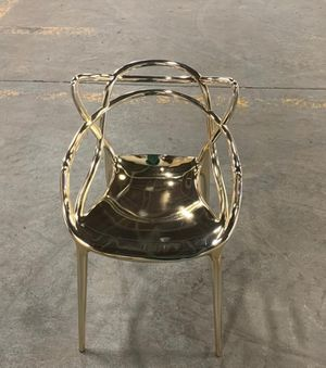 4 Kartell Masters Chair Gold and 1 Table for Sale in Brooklyn, NY
