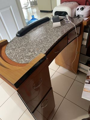 Nail table for Sale in Tampa, FL