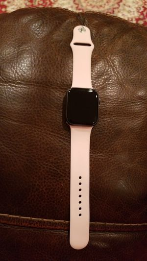 Apple watch series 4 44mm for Sale in Fairfax, VA