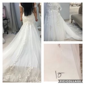 Wedding Dress for Sale in Des Moines, WA