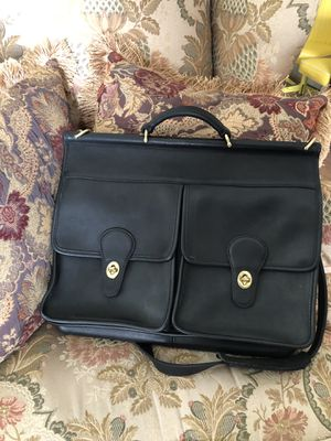 Leather Coach Messenger Bag for Sale in Palmdale, CA