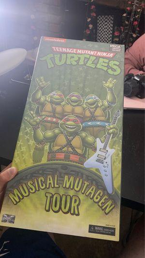 Collectors item teenage mutant ninja turtles tour box for Sale in Tempe, AZ