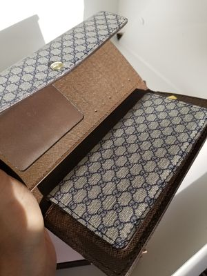 Women's Gucci Wallet for Sale in Happy Valley, OR