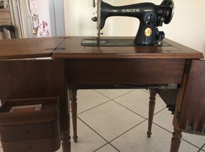 Antique Singer Sewing Machine for Sale in Cape Coral, FL