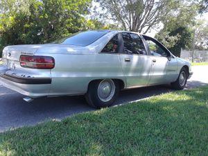 Chevy Caprice classic Good condition en buen estado for Sale in Hialeah, FL