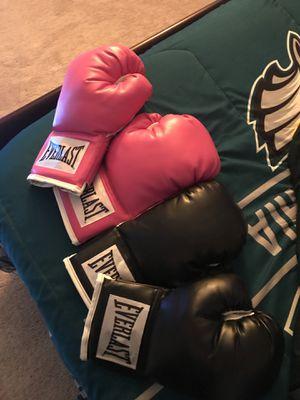 Boxing gloves for Sale in Chester, VA