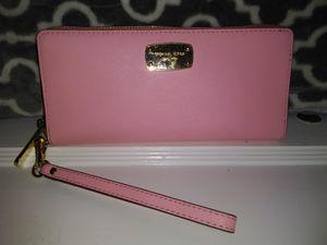 Michael Kors wallet for Sale in Memphis, TN