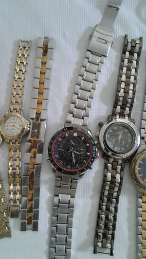 17 salvageable watches for sale. Make me your best offer! for Sale in Powder Springs, GA