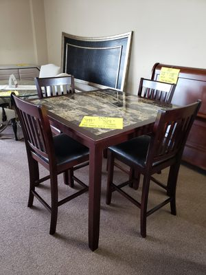 pub table with 4 chairs-new for Sale in Columbia, SC