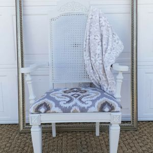 Vintage Armchair for Sale in Clermont, FL