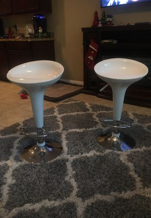 White modern stools, adjustable height for Sale in Las Vegas, NV